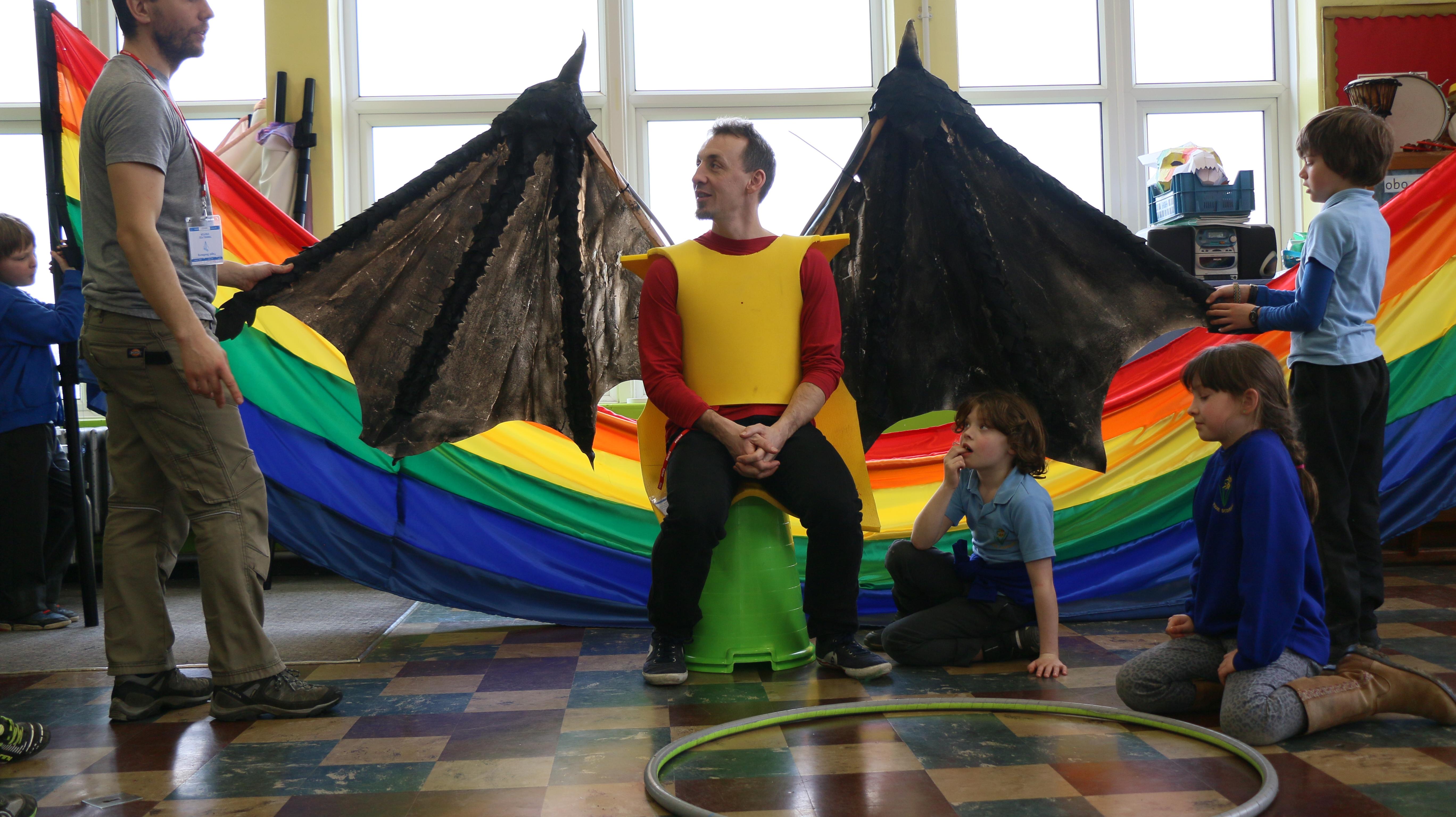 Hadenydd Cwtch / wings in Ysgol Bodfeurig